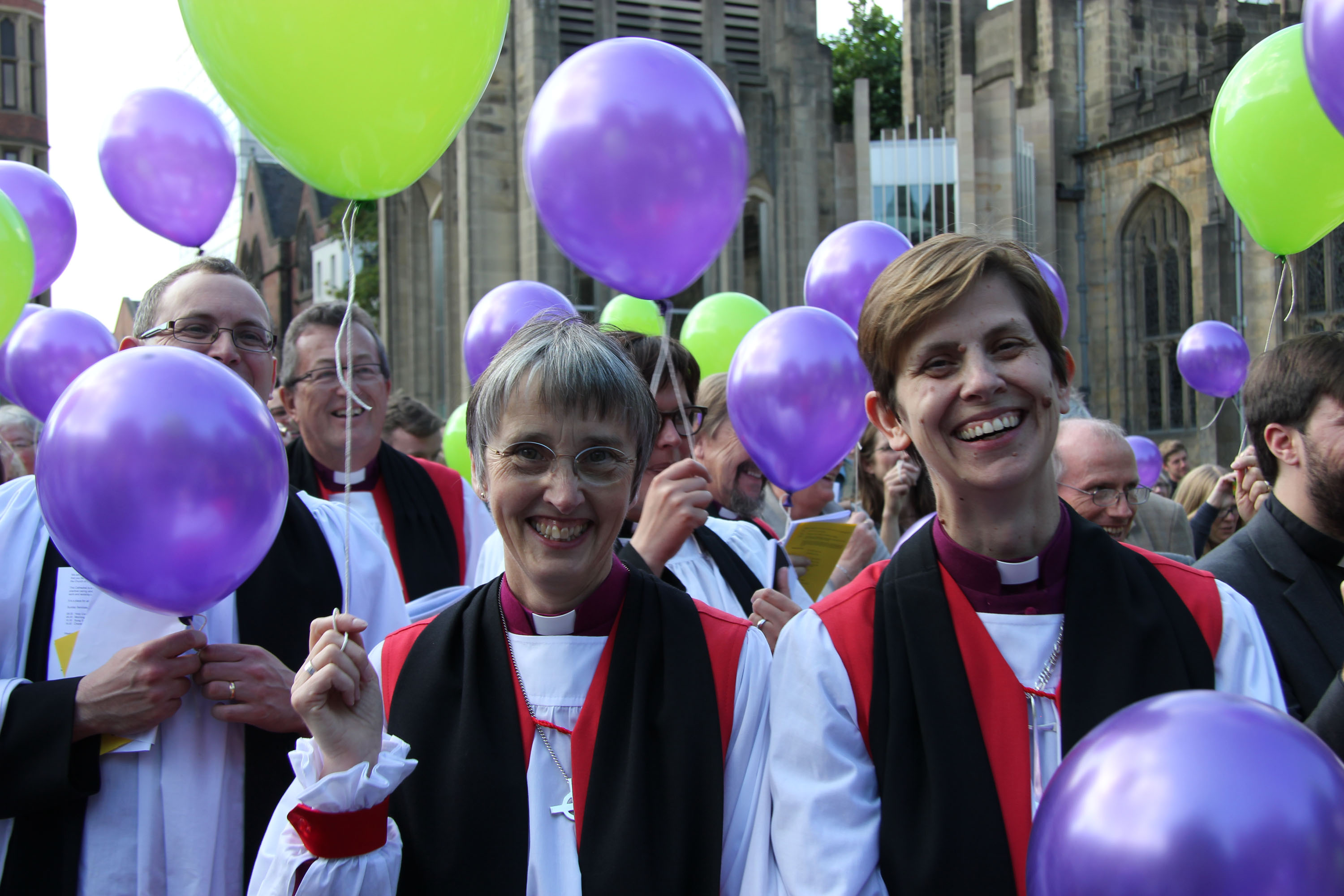 Bishop Alison White and Bishop Libby Lane with balloons for the start of the Crossroads Mission in Sheffield