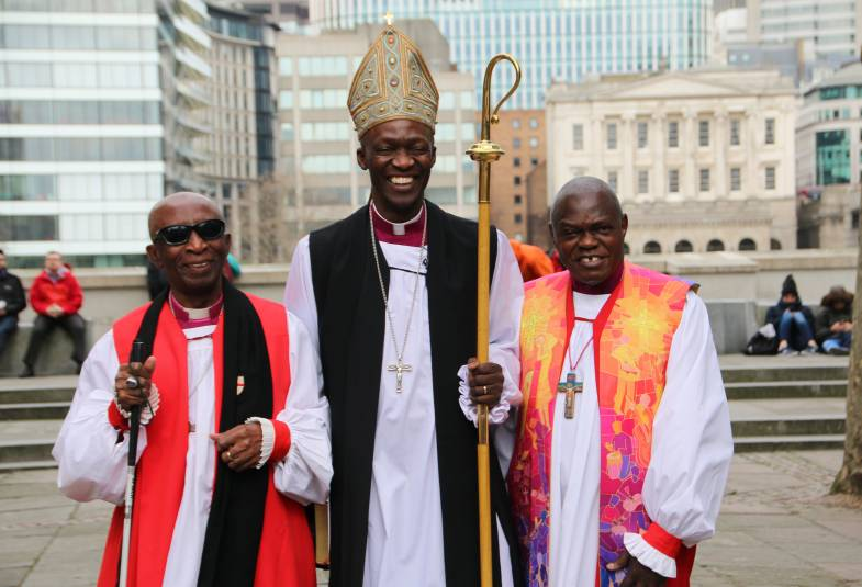 Bishop of Woolwich, Revd Prebendary Dr Woyin Karowei Dorgu at his consecration with Archbishop and Bishop Wilfred Wood